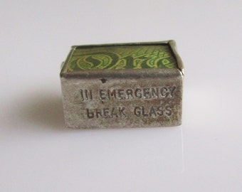 Silver British One Pound Note Emergency Charm