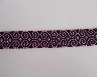 Beaded Lavender, black and silver bracelet