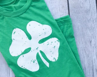 Saint Patrick's Day shirt. Lucky Shamrock shirt for women. Unisex green and white clover shirt. Saint Patty's shirt for woman.