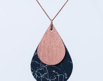 nice drop necklace marble look
