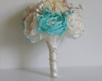 Seashells bridesmaid bouquet. Turquoise ivory and beige bridesmaid bouquet.