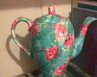 Pretty, shabby chic, coffee pot, book end,