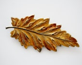 Vintage Autumn Leaf Brooch - Vintage Costume Jewelry - Gold Tone Leaf Pin - Bohemian Chic Jewelry - Earth Jewelry
