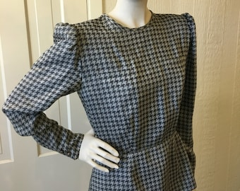 Vintage Valentino Blouse Peplum Houndstooth Fitted Designer size 44 S257