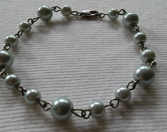 BBF(Before Black Friday) Flawless Glass Pearl Bracelet, 8in, Pale Silvery Green 5 & 8mm Pearls, Great Gift, Mother's Day, Graduation Gift, W