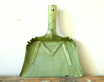Vintage Green Painted Metal Dustpan Wall Hanging Toy