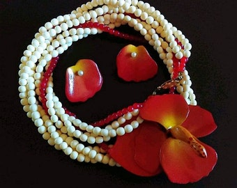 Red Poppy Necklace Earring Set Wood, Enamel, Red & White Glass Beads Spring Vintage