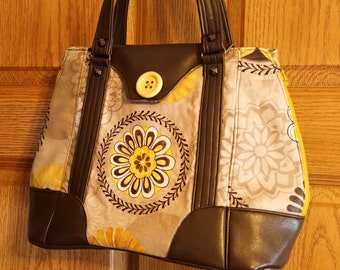 Expandable Purse, Bag, Zippered sides, Harriet Swoon Pattern, Yellows, Greys