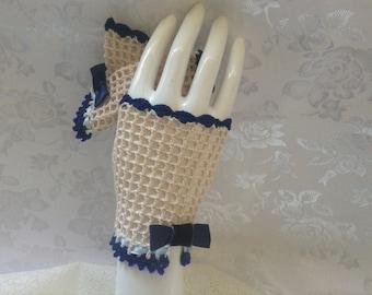 Alice in Wonderland Lolita Fingerless Gloves