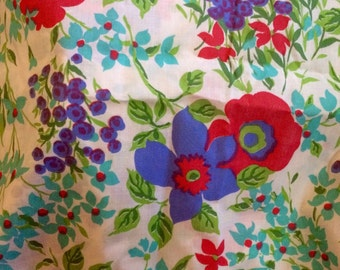 Vintage floral fabric 2.5 yards