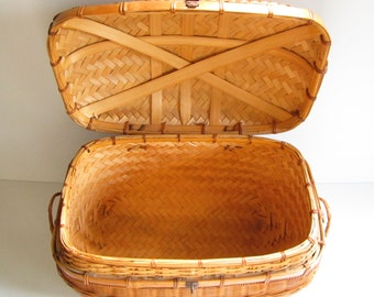 Large Dome Top Basket with Latch