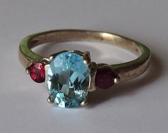 Beautiful Brazilian Sky Blue Topaz & Orissa Garnets Sterling Silver Ring Size 7