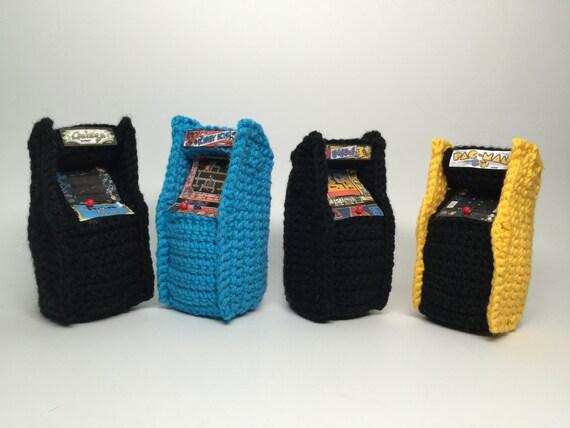 Amigurumi Patterns Nintendo : Retro Video game Arcade Console Crochet PATTERN Amigurumi