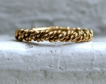 RESERVED - Twisted Vintage 18K Yellow Gold Wedding Band.