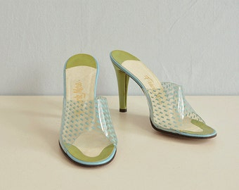 Vintage 50s Shoes / 1950s Frank More High Heel Sandals Slides Mules / Clear Acrylic Turquoise Blue Green Size 7