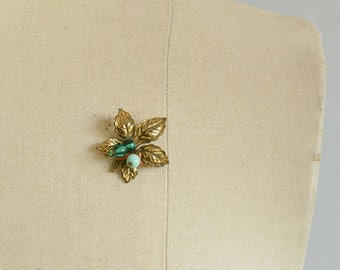 Vintage 50s Brooch / 1950s Autumn Brass Leaf Pin with Turquoise Beads and Coral / Vintage Jewelry
