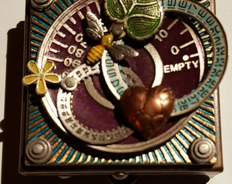 Burgandy Dial, Box 66, Heart Gears, and Leaf