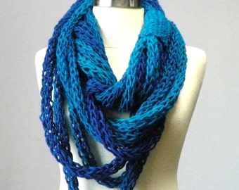 OMBRE Tube scarf, finger knitted infinity scarf, handmade, cowl scarf, knit neckwarmer, chunky scarf, winter accessories, infinity scarf