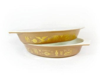 Pyrex Americana Divided Casserole Serving Dish Pet Bowl Brown Gold Mid Century 2 AVAILABLE