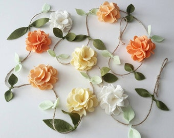 Peach and Vanilla Felt Flower Garland, Floral Garland, Home and Nursery decor, Wall hanging, Wedding/ Party decor, Baby Shower decorations,