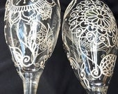 RESERVE listing for QUINN only. Hand painted champagne flutes set of 2 with Mehndi style designs. Pearl white finish. Dishwsher safe.