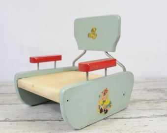 Vintage 1940s Wood Booster Seat Movie Ty-Nee-Tot Maple Crest Products