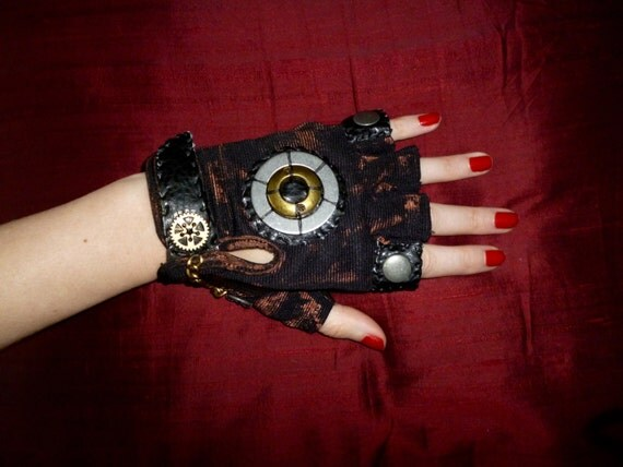 "Men's ""Industrial Steam""  Steampunk Moonhoar Monster Glove"
