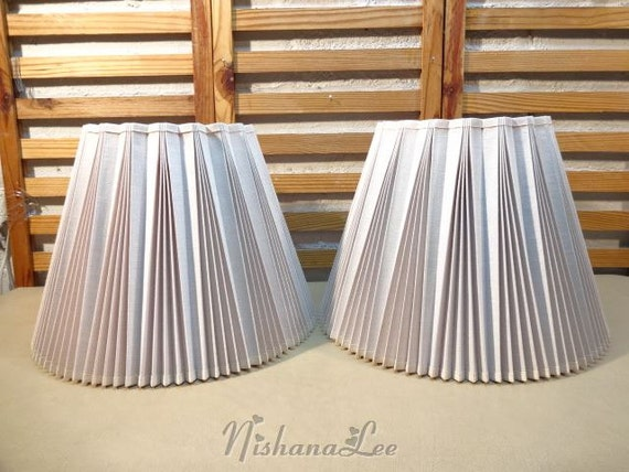 Vintage Pair 16 1 4 Pleated Linen Stiffel Lamp Shades