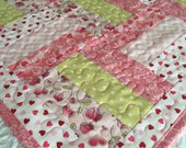 Valentine Table Topper Quilt - Pink - White