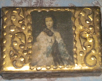 Lovely Florentine Trinket Box. French, French Country,Victorian, Hollywood Regency