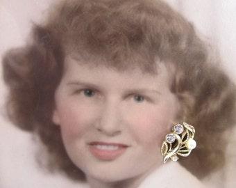 Vintage PIERCED Lisner Rhinestone Pearl Earrings, Vintage Pearl Jewelry, Vintage Pearl Earrings, Wedding Earrings, Bridal Earrings 19