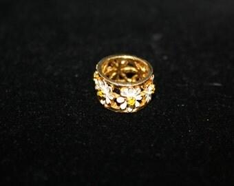 Goldtone Daisy Chain Metal Bead, Vintage