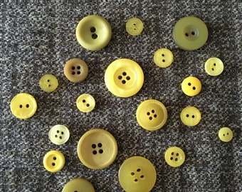 20 Assorted Yellow Buttons