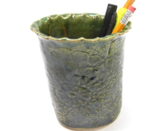 Pottery Pencil Holder, Desk Accessory, Small Pottery Vase, Bathroom Cup, Ceramic Cup in Green, Office Gift, Bathroom Pottery Lace in Green