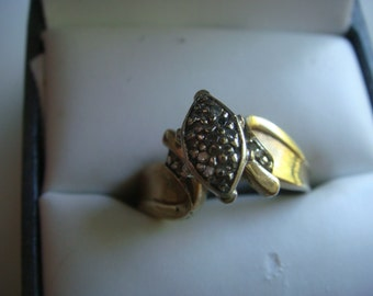 Vintage 10k Gold Ring with Diamonds