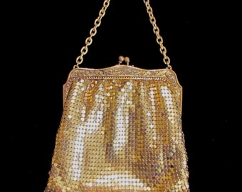 Vintage 1930s Whiting and Davis Gold Mesh Purse Formal Purse Wedding Purse Evening Purse Victorian Style Excellent Condition