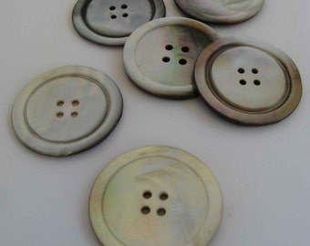 6 large mother of pearl butoons -- Pendleton 49er buttons?