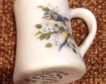 Vintage  Kildsware Numbered Bone China Bird Thimble/ Made in England