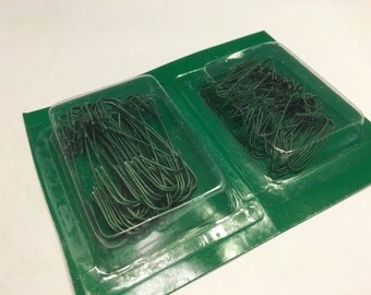mix of 150 green wire ornament hooks, (HR11)
