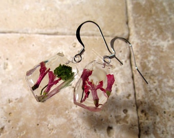 Red Currant  Flower Dangle Earrings, dangle earring, plant jewelry, flower jewellery, clacked ice style, surgical steel hook