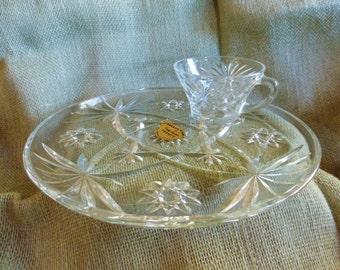Anchor Hocking Early American Prescut glass snack set in original box