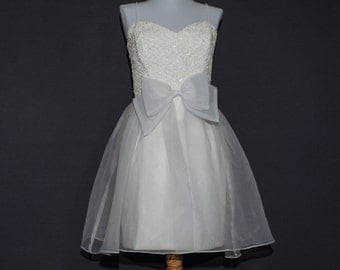 Filmy white prom dress - ballerina style - 1990s