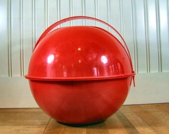 1960's Minimalist Picnic Ball Set, Ingrid, Ingrid Style, Helen Panton Kartell, Picnic Set, Plastic, Red, Dinner Ware Set, Travel Set, Picnic