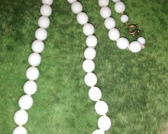 White Glass Bead Necklace 1950's 77.3 Grams