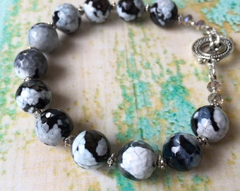 Black and White Agate Bracelet - Classic Bracelet - Black and White Bracelet - Black and White Stone - Faceted Black and White Jewelry