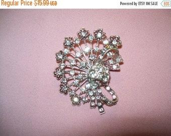 50% OFF Vintage Rhinestone brooch, wedding, accessory, vintage jewelry rhinestone brooch