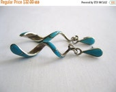ON SALE vintage. EARRINGS. spiral. Turquoise. sterling. Silver. 1980s.