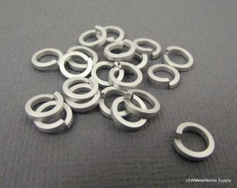 "1/2 oz Matte White Anodized Aluminum Jump Rings, Saw Cut, Square Wire, 3/16"" ID"