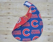 Reversible Chicago Cubs St Louis Cardinals Baby Bib for the family with both Fans