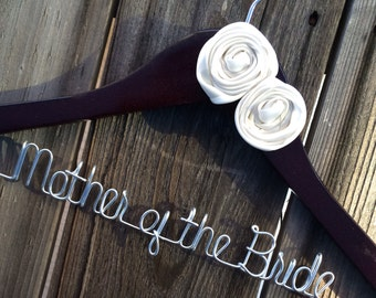 Sale. Mother of the Bride Personalized Wedding Hanger. Wedding Hanger. Bridal Party. Custome Hanger. Comes With Bow and Rhinestone.